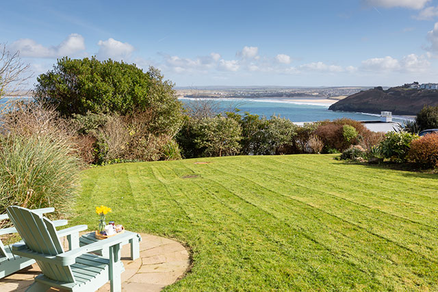 Self Catering Holiday Cottage Accommodation St Ives Cornwall